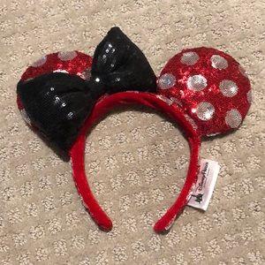 Disney Parks Minnie Mouse sequins headband
